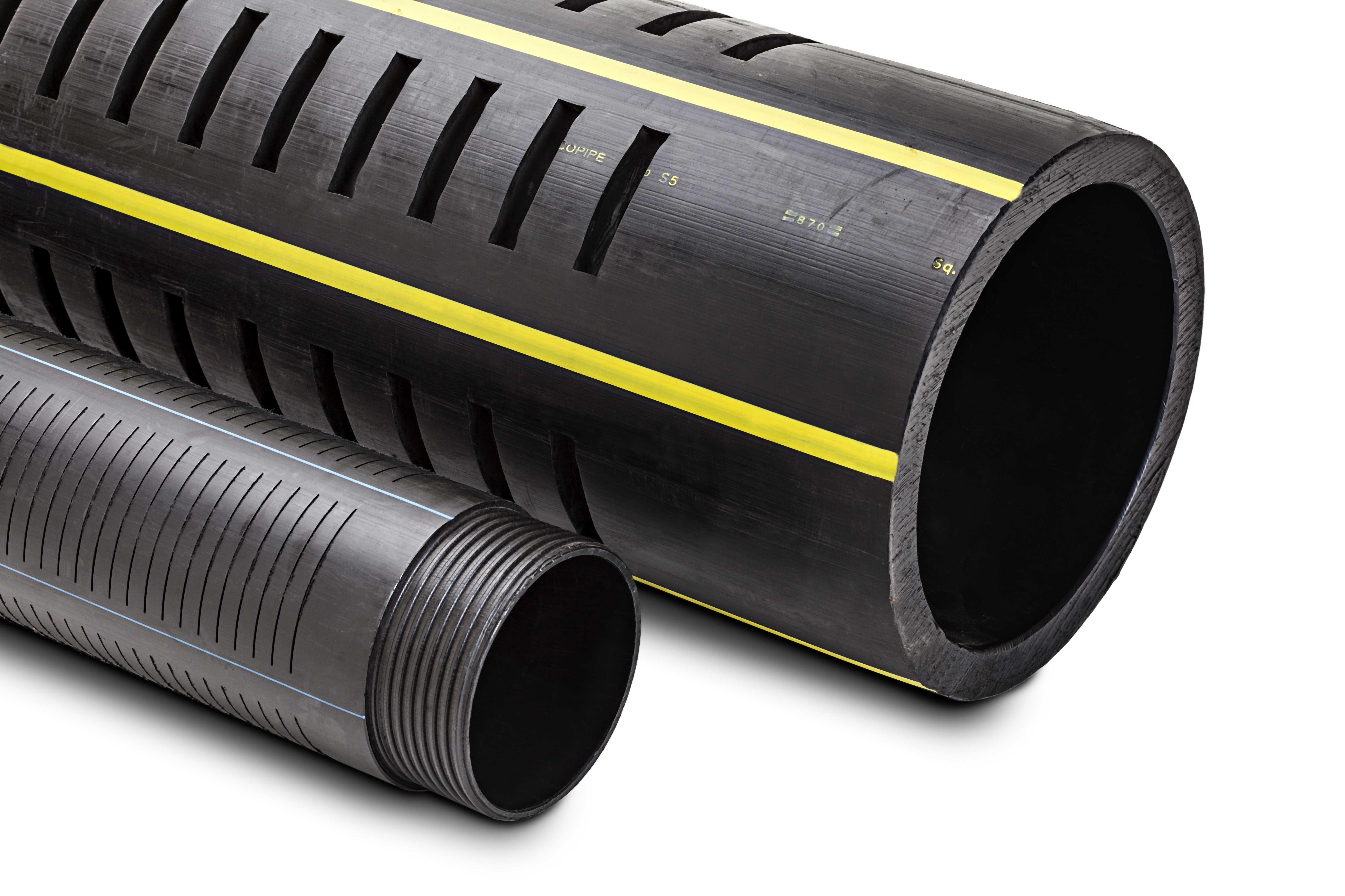 Dettaglio delle tipologie di Fessurazioni e Filettature di Tubi in Polietilene per Drenaggi e Pozzi d'Acqua